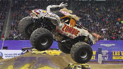 monster truck show memphis get my perks monster jam live at the tacoma dome
