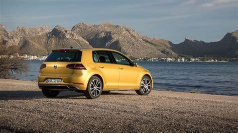 Vw Golf 1.5 Tsi Evo 150 Dsg (2017) Review By Car Magazine