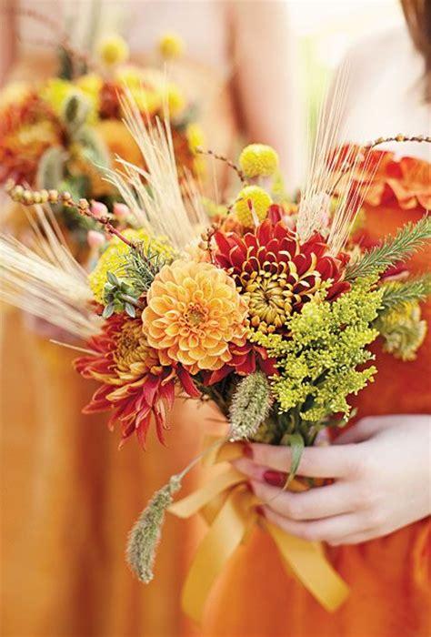 rustic cuteness  thanksgiving wedding ideas weddingomania