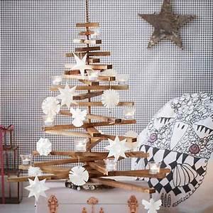 Weihnachtsbaum Aus Holzlatten : weihnachtsbaum aus holz basteln n et b pinterest weihnachtsbaum weihnachtsbaum holz und baum ~ Markanthonyermac.com Haus und Dekorationen