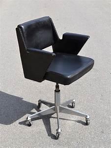 Chaise De Bureau : chaise de bureau descend toute seule ~ Teatrodelosmanantiales.com Idées de Décoration