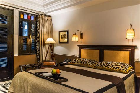 chambre d hotel à l heure l 39 heure bleue au coeur de la médina d 39 essaouira de