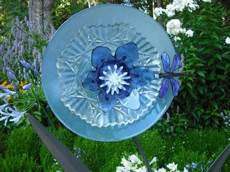 Glass Plate Flowers On