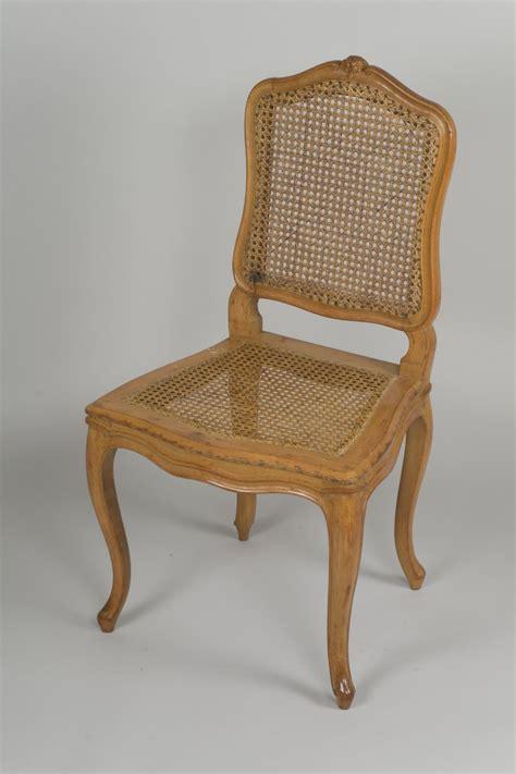 chaises cannées suite de chaises cannées d 39 époque louis xv xviiie siècle