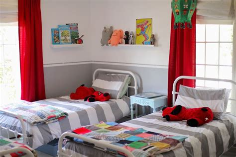 Kids Rooms Paint Ideas In White And Grey