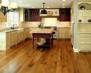 Laminat In Der Küche : bodenbelag k che welche sind die varianten f r die ~ Michelbontemps.com Haus und Dekorationen