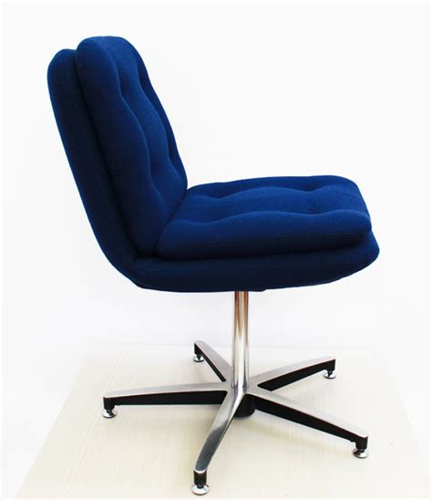 chaise bureau vintage chaise de bureau vintage vintage swivel chair from