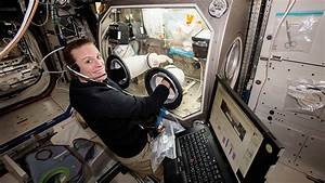Astronauts Exploring Head, Eye Pressure and Genetic ...