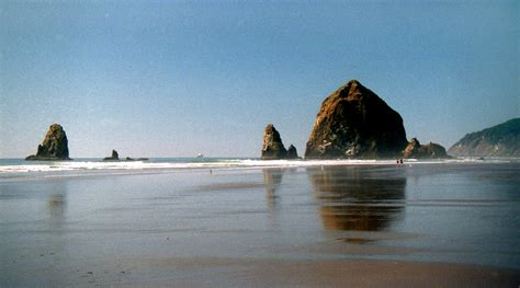 road trip to the oregon coast cannon beach traveling dad