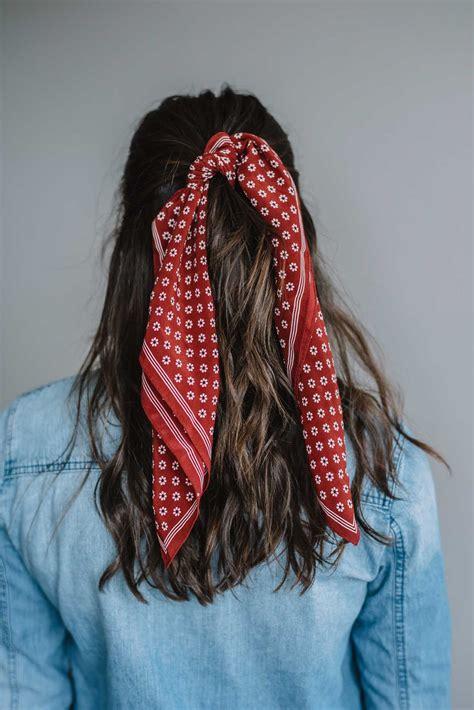 wear  bandana   hair  summer