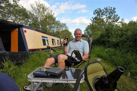 Living On A Boat Uk by Discover The Real Costs Of Owning And Living On A