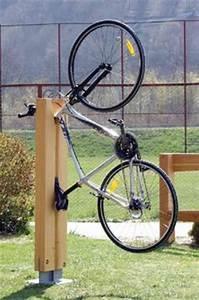 Fahrradständer Selber Bauen : fahrradst nder m lltonnebox pinterest fahrradst nder fahrradfahren und fahrr der ~ One.caynefoto.club Haus und Dekorationen