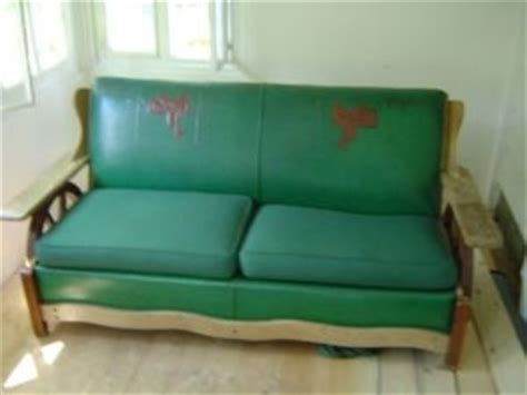 vintage  cowboy western wagon wheel couch naugahyde oak