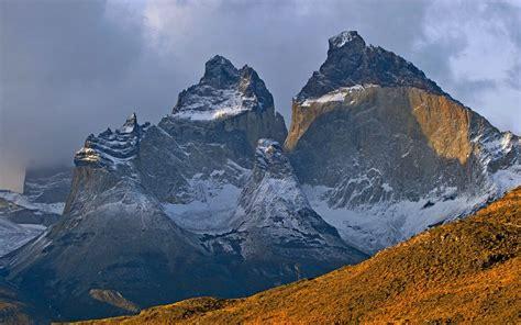 nature landscape sunrise snowy peak torres del paine