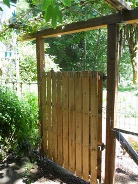 12 diy wooden pallet gate design ideas pallets designs