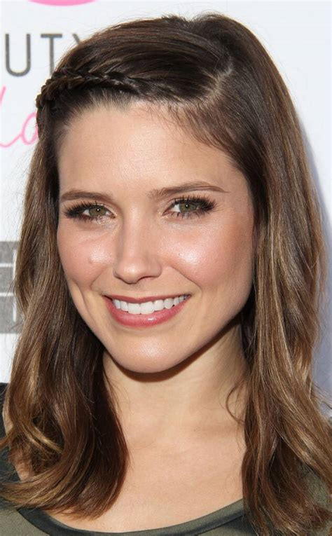 Beauty Police Sophia Bush Rocks A Fresh Face And Youthful