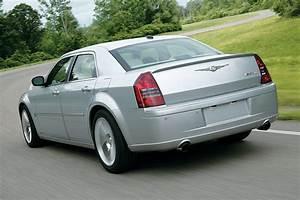 Chrysler 300c Prix : chrysler 300c srt8 specs 2005 2006 2007 2008 2009 2010 autoevolution ~ Maxctalentgroup.com Avis de Voitures