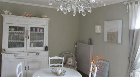 decoration salon cuisine modèle décoration salle à manger gris