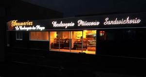 Enseigne Lumineuse Deco : six fours enseigne lumineuse de boulangerie decograph ~ Teatrodelosmanantiales.com Idées de Décoration