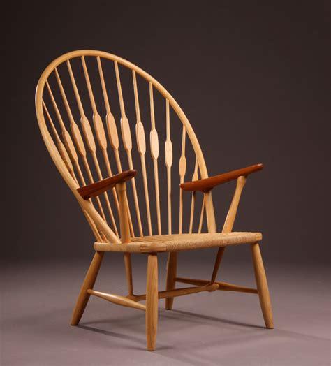 Peacock Chair (pauwstoel) Hans J Wegner Designstoelenorg