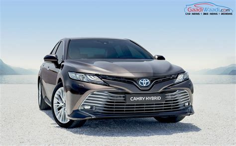 india bound  toyota camry hybrid showcased  pms