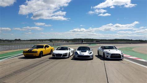 Nissan Gtr Vs Corvette by Drag Race Nissan Gtr Vs Corvette Z06 Vs Audi R8 Vs Dodge