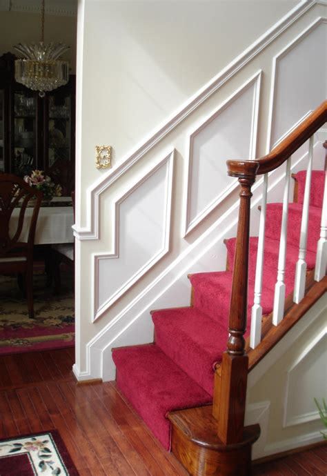 treppenhaus renovieren  ideen zum neuen streichen