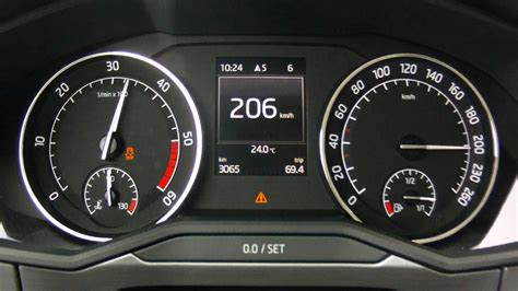 skoda superb   tdi  ps acceleration