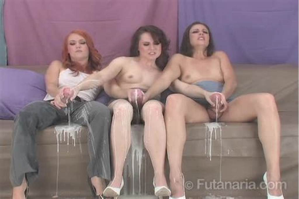 #Futanari #Threesome