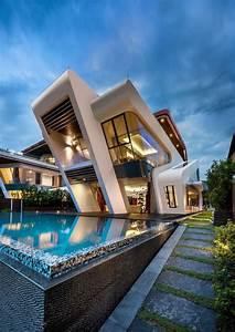 Best 25+ Modern houses ideas on Pinterest Modern homes