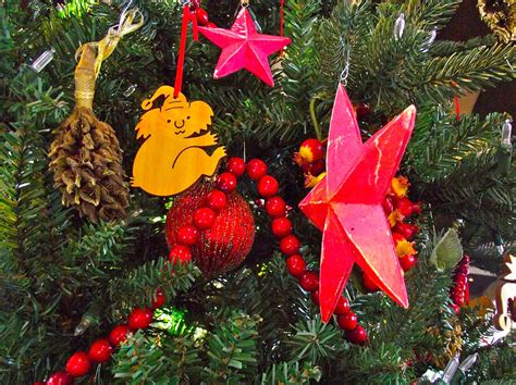 christmas tree decorations from australia in fredrick