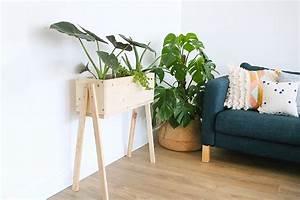 Jardiniere Sur Pied Plastique : diy une jardiniere sur pieds en bois mademoiselle ~ Dode.kayakingforconservation.com Idées de Décoration