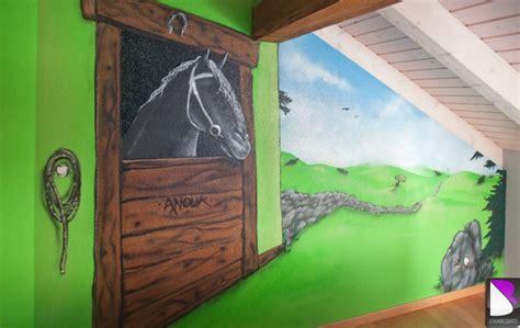 chambre cheval fille décoration chambre theme cheval