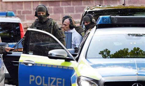 Vācijā izcēlusies apšaude; gājuši bojā vismaz seši cilvēki ...