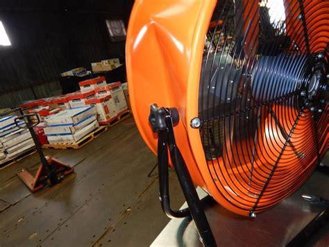 max air pro fan max air pro 24 quot barrel fan huge auction of portable a c