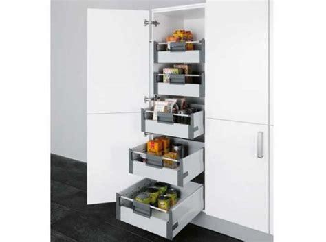 tiroir coulissant pour cuisine 17 meilleures idées à propos de organisation de tiroir de
