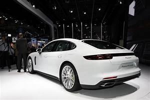 Porsche Panamera Hybride : porsche panamera 4 e hybrid une version hautes performances en pr paration ~ Medecine-chirurgie-esthetiques.com Avis de Voitures