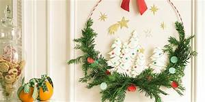 Faire Une Couronne De Noel : fabriquer une couronne de no l avec des branches de sapin ~ Preciouscoupons.com Idées de Décoration