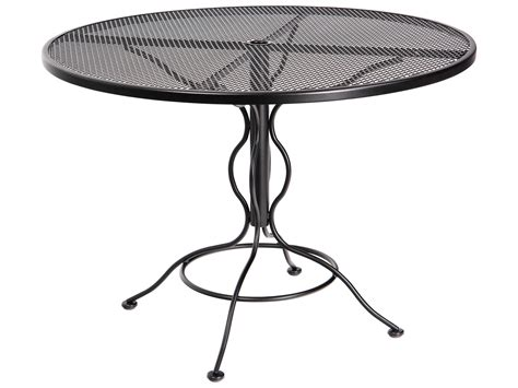 woodard mesh wrought iron 48 curved legs table with