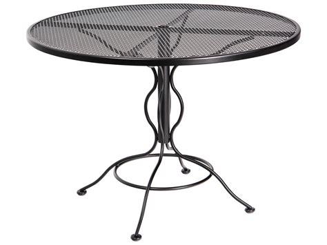 woodard mesh wrought iron 48 umbrella table 190137