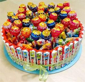 Deco Bonbon Anniversaire : recettes g teau de bonbons anniversaire enfants kitkats id es g teau de bonbons barres ~ Melissatoandfro.com Idées de Décoration