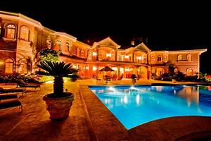 Auction of Luxury Dominican Republic Mansion Changed for