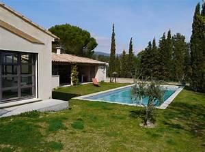 stunning jardin maison contemporaine images seiunkelus With plan maison avec patio 12 ha 10 villa contemporaine par hybre architecte en gironde