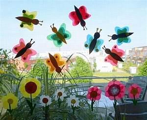 Blumen Basteln Fensterdeko : schmetterlinge aus transparentpapier f rs fenster tiere basteln meine enkel und ich ~ Markanthonyermac.com Haus und Dekorationen