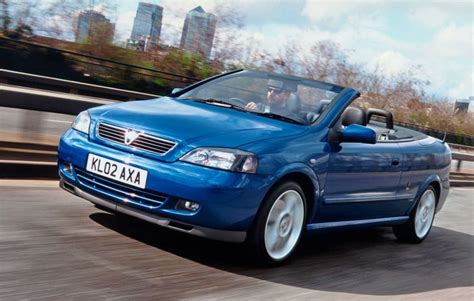 vauxhall convertible vauxhall astra convertible 2001 2005 photos parkers