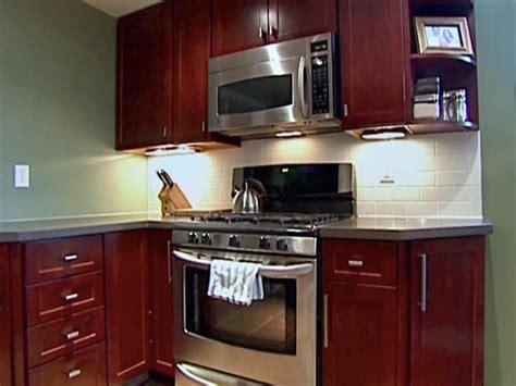 kitchen catch    install cabinets hgtv