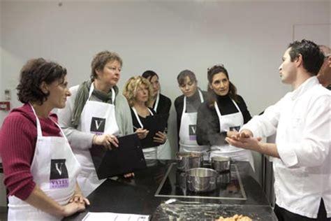 cours cuisine nimes vatel gourmet traiteur nîmes cours de cuisine les