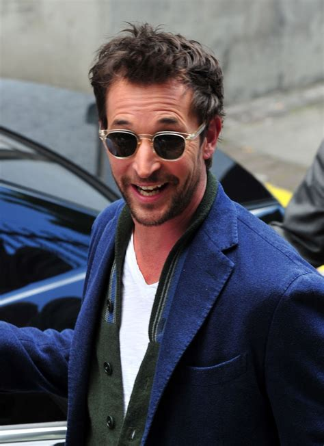 Noah Wyle Photos | Tv Series Posters and Cast