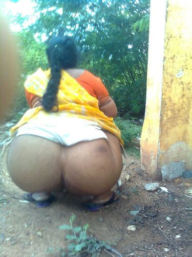 Desi Super Gaand Village Aurat Peeing Show Aunties Nude Club