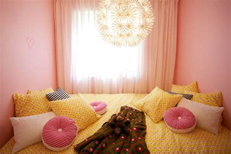 pink and yellow bedroom 28 best images about beautiful yellow bedrooms on 16698 | 1b1f892507e003ee95182e22ba95b31f yellow bedrooms bedroom inspo
